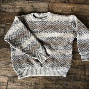 ❤️ Vintage chevron wool? Body neutral sweater